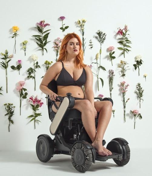 Renner apresenta coleção de lingerie para mulheres com mobilidade reduzida