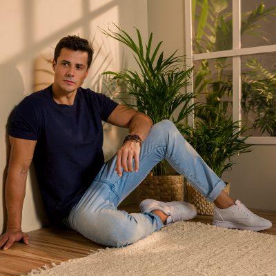 Jeans confortável e com ótimo caimento conta com tecnologias de tecido, modelagem e sustentabilidade
