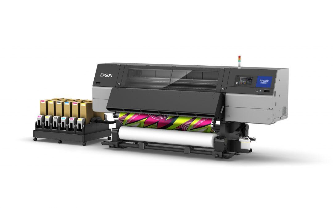 Nova impressora industrial de sublimação com tinta fluorescente da Epson apoia a produção têxtil personalizada e sob demanda